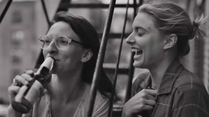 Mickey Sumner and Greta Gerwig in Franes Ha
