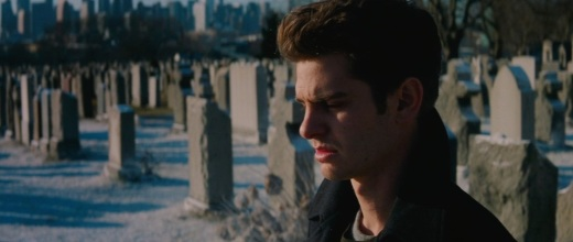 the-amazing-spider-man-2-teaser-trailer-graveyard